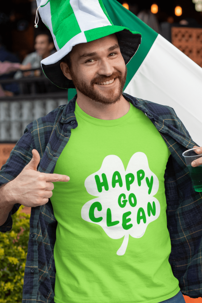 Happy Go Clean Savvy Cleaner Funny Cleaning Shirt Classic T-Shirt