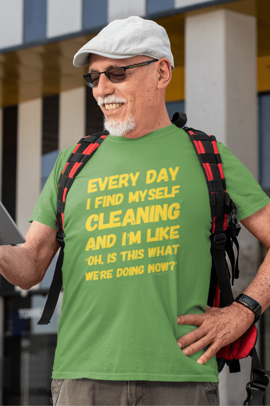 I Find Myself Cleaning Savvy Cleaner Funny Cleaning Shirts Men's Standard T-Shirt