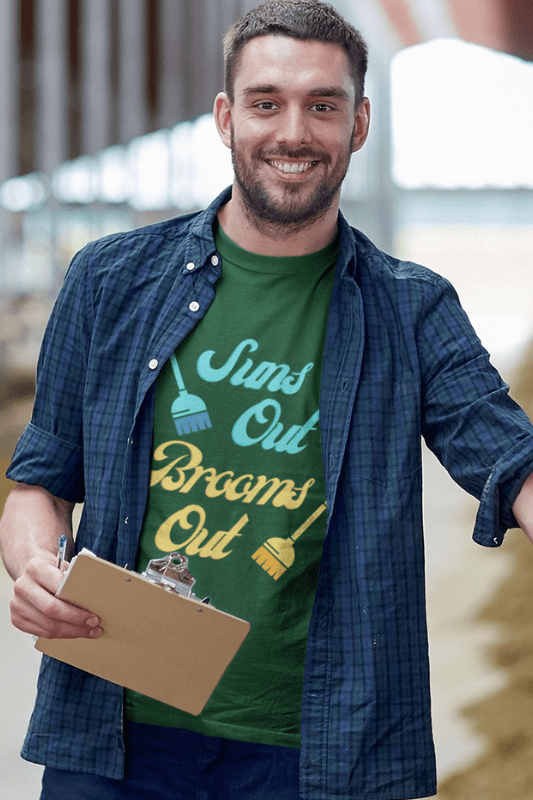 Suns Out Brooms Out, Savvy Cleaner Funny Cleaning Shirts, Classic T-Shirt